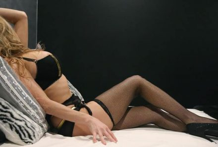 What are services provided by Independent Escorts